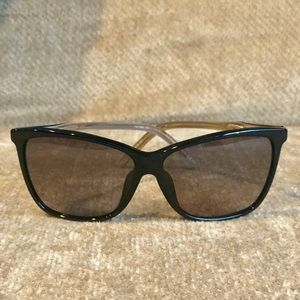 Gucci Acetate Frame Tinted Sunglasses